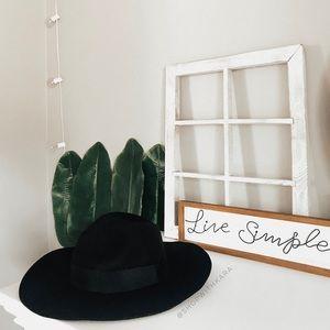 Brixton Piper Black Wool Floppy Hat M